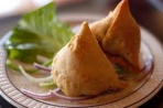Aperitiv Vegetable Samosa